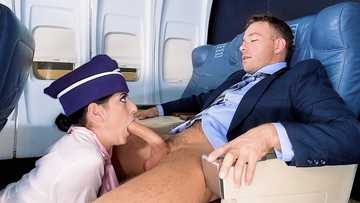 Nikki Knightly: Fly Me To The Poon